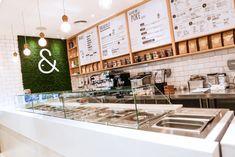 » Poke & Co restaurant by Studio EM, Dubai – UAE Veggie Restaurant, Restaurant Counter, Cafe Counter, Bakery Interior, Coffee Shop Interior Design, Cafe Design, Restaurant Concept, Restaurant Design, Counter Design