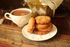 Super yummy peanut butter cookies: low carb and gluten free!