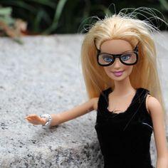 Conta no Instagram mostra a Barbie em apertos da vida real