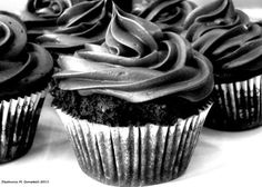 black chocolate cupcakes and silver icing, yummy goodness for my eyes