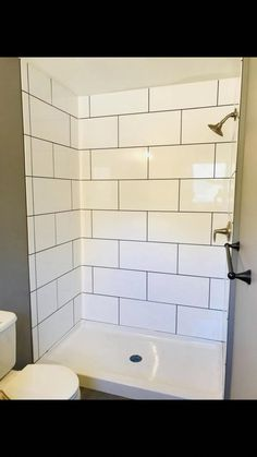 These are my ultimate dream bathrooms. bathrooms, bathroom decor, bathroom ideas… – Home Decor On A Budget Large Tile Bathroom, Mold In Bathroom, Upstairs Bathrooms, Large Bathrooms, Bathroom Layout, Dream Bathrooms, Modern Bathroom Design, Bathroom Ideas, Bathrooms Decor