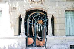 Art nouveau Paris - Guimard  Farfelue Paris - Paris city guide