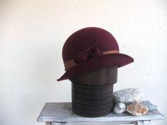 Mulberry wine womans cloche hat. | Hatomic