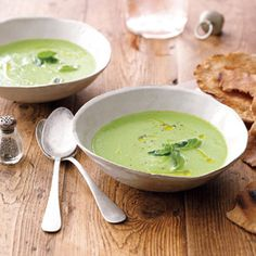 #Recipe: Cucumber-Spinach Gazpacho with Rustic Pita Toasts.