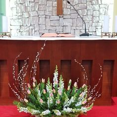 1 million+ Stunning Free Images to Use Anywhere Tropical Flower Arrangements, Church Flower Arrangements, Ikebana Arrangements, Tropical Flowers, Altar Flowers, Church Flowers, Wedding Table Flowers, Flower Bouquet Wedding, Church Altar Decorations