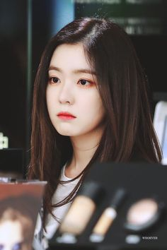 Kết quả hình ảnh cho irene red velvet Seulgi, Irene Red Velvet, Black Velvet, Kpop Girl Groups, Kpop Girls, Korean Beauty, Asian Beauty, Red Velet, Chica Cool