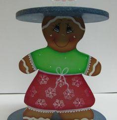 GINGER MENINA -   Peça em Madeira para Suporte de Tachos em Formato de Ginger Menina * Pintado á mão por Bé Baptista *  Med Aprox: 16x16