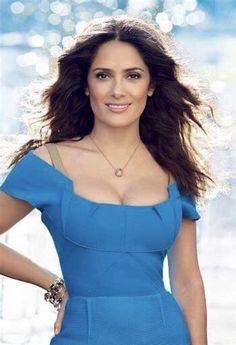 Salma Hayek Young, Salma Hayek Body, Selma Hayek Hot, Salma Hayek Pictures, Curvy Women Outfits, Celebrity Magazines, Woman Movie, Just Beauty, Hot Brunette