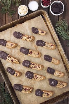 Grain-Free Dark Chocolate Dipped Almond Cranberry Biscotti with Sea Salt - Tasty Yummies Gluten Free Cookies, Gluten Free Baking, Gluten Free Desserts, Dairy Free Recipes, Delicious Desserts, Yummy Food, Vegan Recipes, Biscotti, Paleo Dessert