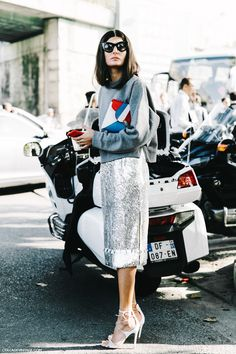 Giovanna PFW Paris Fashion Week Spring Summer 2016 Street Style  Giovanna Battaglia Pencil Skirt Metallics