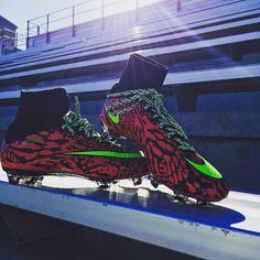 Nike ID Superflys