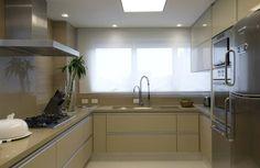 Apartamento no Alto de Pinheiros / Debora Aguiar #cozinha #kitchen #marmoglass