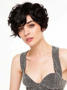cute short haircuts for naturally curly hair