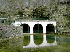 Dunbar Cave State Park, Clarksville, Tn — Tennessee State Parks