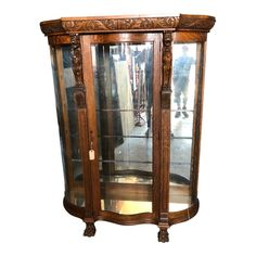 The piece features 4 glass shelves and mirror back wall. Making it a great piece for display. Glass China Cabinet, Antique China Cabinets, China Cabinet Display, Curio Cabinets, French Decor, French Country Decorating, China Cabinet Makeovers, Art Deco Living Room, Art Deco Design