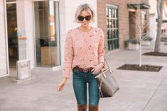 Today I am breaking down how to wear over the knee boots including 4 different ways to wear them, examples of each, and dos and don'ts. Ankle Boots With Jeans, How To Wear Ankle Boots, Tights And Heels, Boots And Leggings, Over The Knee Boots, Skirt Fashion, Fashion Outfits, Sweater Layering, Colored Denim