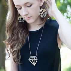 Fun DIY leather jewelry and iron-transfer for t-shirt in geometric pattern.