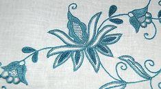 mantel en punto mallorquín-detalle Herringbone Stitch, Hand Embroidery, Needlework, Floral Design, Art Pieces, Tapestry, Sewing, Create, Blog