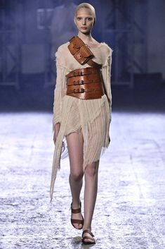 Thimister Spring 2012 Ready-to-Wear Collection Photos - Vogue