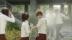 Sassy Go Go: Episode 2 » Dramabeans Korean drama recaps Lee Won Geun, Sassy Go Go, Anime Korea, Asian Fever, Go For It Quotes, Dream High, Study Motivation Quotes, Page Turner, Me Tv