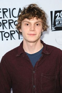 Evan Peters at event of American Horror Story (2011)