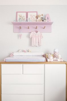 Home Tour Series: Annie's Dreamy Nursery - Nurseries Baby Related Baby Bedroom, Baby Room Decor, Nursery Room, Girls Bedroom, Baby Room Design, Baby Kind, Nursery Furniture, Girl Room, Room Inspiration