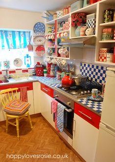 HAPPY LOVES ROSIE: New Look Vintage Kitchen ... Done!