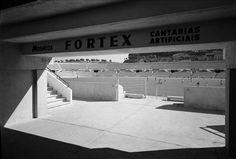 Estádio da Luz, entrada para o 1.º e 2.º anel...