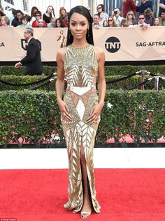 It wasn't just the expensive bling glittering at Sunday'sScreen Actors Guild Awards on Sunday. Some of Hollywood's biggest stars wore jewels on their dresses.