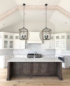 Kitchen Cabinet Colors, Kitchen Colors, Kitchen Design, Modern Farmhouse Kitchens, Home Kitchens, Farmhouse Style, Beautiful Kitchens, Beautiful Homes, Dark Wooden Floor