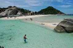 Nangyuan, Koh Tao, three islands connected by a thin strip of beach by victoriapeckham, via Flickr