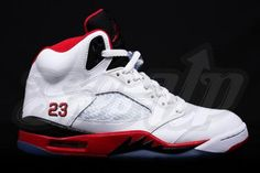 NIKE AIR JORDAN V RETRO WHITE / FIRE RED-BLACK #sneaker