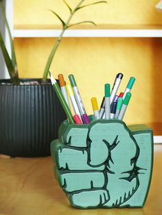 Hulk Gift, Desk Organizer Gift, Hulk Holder, Hulk Pen Organizer, Hulk Office Organizer, Gift Wood, Gift for boy, Super Hero, Hulk hand