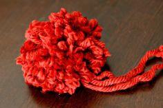 how to make a yarn pom pom!