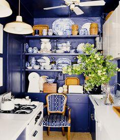 25 Absolutely Beautiful Small Kitchens via @mydomaine