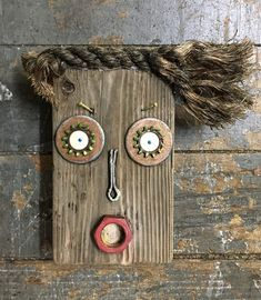 Driftwood Projects, Driftwood Art, Wood Block Crafts, Found Object Art, Funky Art, Scrap Metal Art, Assemblage Art, Recycled Art, Diy Arts And Crafts