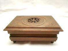 Vintage French Breton Carved Wood Jewelry/Trinket Box t100