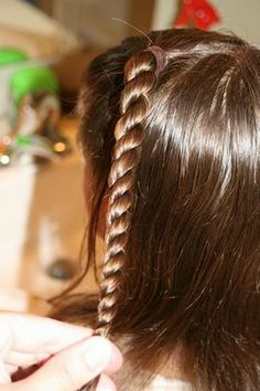 saw a florida softball girl have her hair like this, and I've been wondering how since then :)