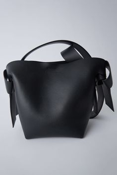 dbd66a629329 Leather goods Musubi Mini Black 1500x 008 Acne Studios