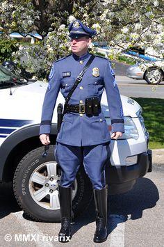 https://flic.kr/p/9PwdcN | 010 National Police Parade - South Kingstown PD | At the staging area before the start of the parade.