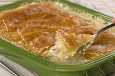 Grandma's Gourmet Chicken Pot Pie | MrFood.com