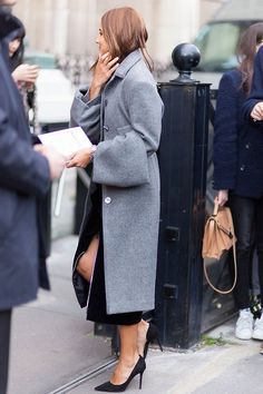 Grey coat with a twist & classic black pumps #style #fashion #streetstyle