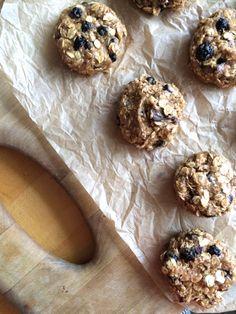 Peanut butter blueberry oatmeal cookies