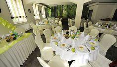 Hotel i Restauracja Florres Pełną ofertę weselną znajdziesz na http://www.gdziewesele.pl/Hotele/Hotel-i-Restauracja-Florres.html