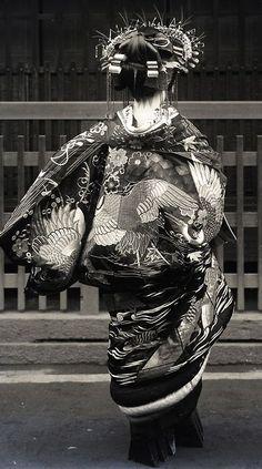 inneroptics: Tayuu. About 1910's, Japan