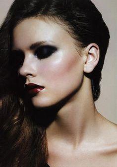 gothic beauty, dark lips, dark eyes, pale skin #makeup