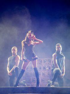 Ariana Grande | The Honeymoon Tour | October 2, 2015