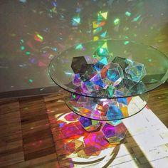 いいね!2,480件、コメント97件 ― Ashley & Jordan Frenchさん(@crystal.tribe)のInstagramアカウント: 「Crystallized light • moving through prisms & fractals • creating a world of holographic rainbows…」