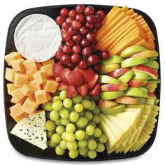 Publix Deli Fresh Fruit & Cheese Platter, Medium Serves A must have for every grill party! Cheese Tray Display, Cheese Platters, Food Platters, Deli Fresh, Fresh Fruit, Meat Platter, Meat Trays, Cheese Fruit, Fruit Plate