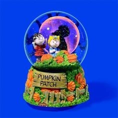 New Dept 56 Peanuts  7 Pc Great Pumpkin Is Coming Halloween Snoopy Moon Fence